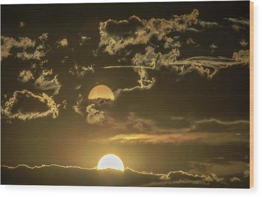 Two Suns Setting Wood Print