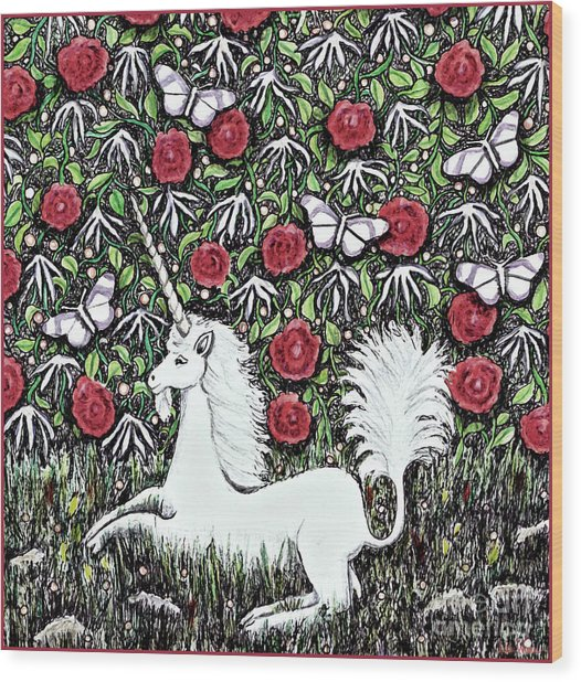 Unicorn With Red Roses And Butterflies Wood Print