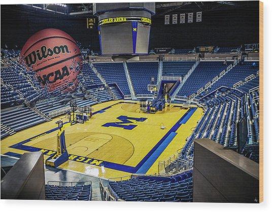 University Of Michigan Basketball Wood Print