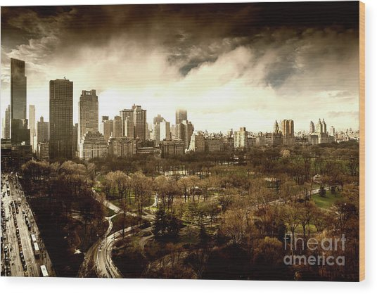 Upper West Side Of New York In Spring Wood Print