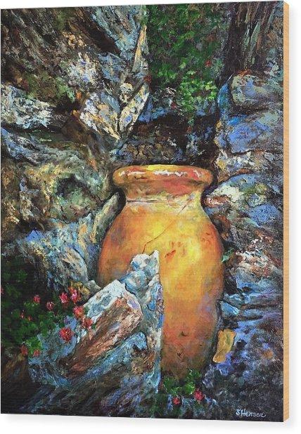 Urn Among The Rocks Wood Print