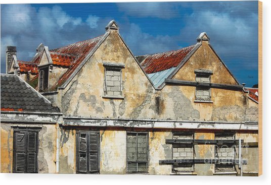 Vacancy By Curacao  Wood Print by Steven Digman