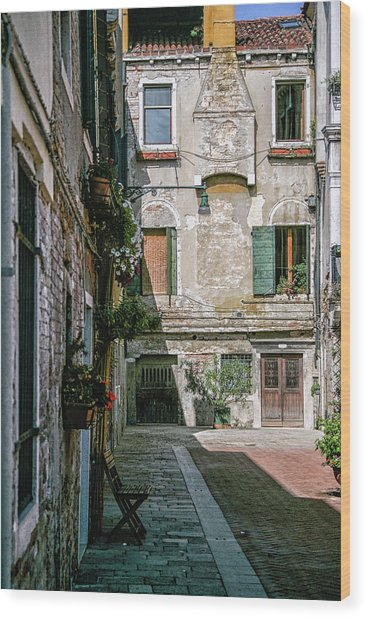 Venetian Back Street Wood Print