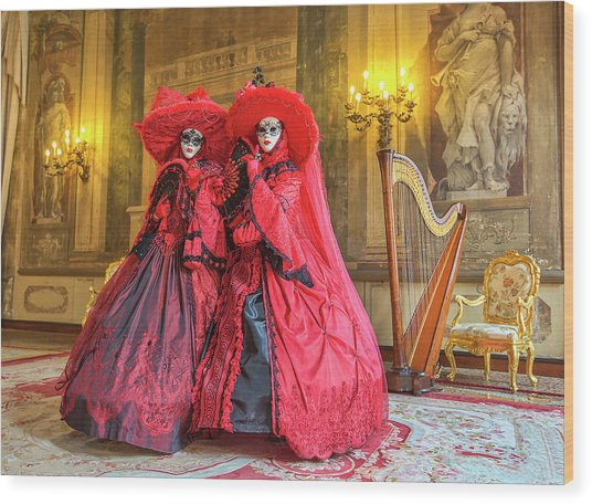 Venetian Ladies In The Palace Wood Print