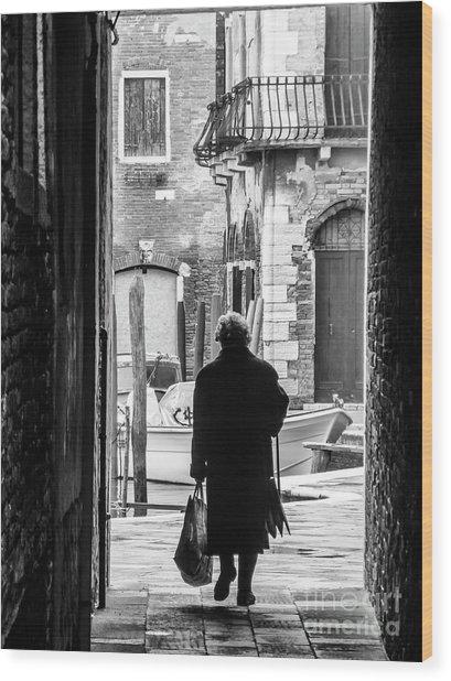 Venetian Silhoutte Lady Wood Print