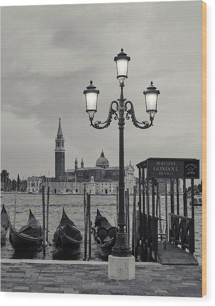 Venetian Streetlamp Wood Print