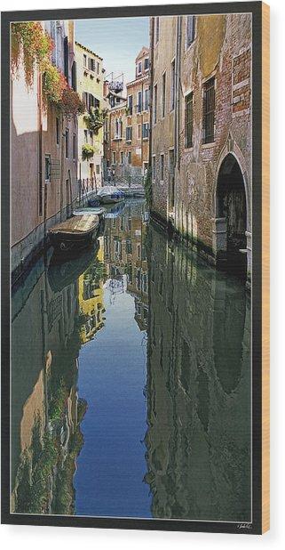 Venice 26 Wood Print by Victor Yekelchik
