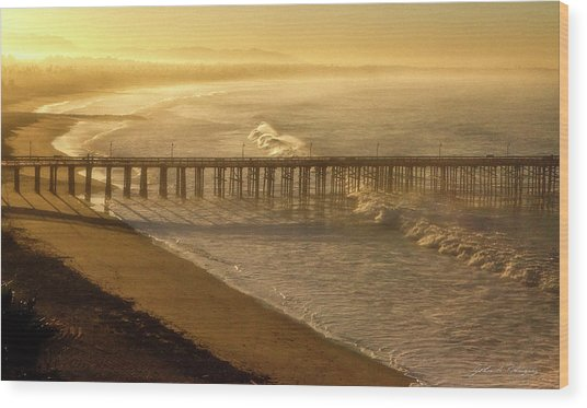 Ventura, Ca Pier At Sunrise Wood Print