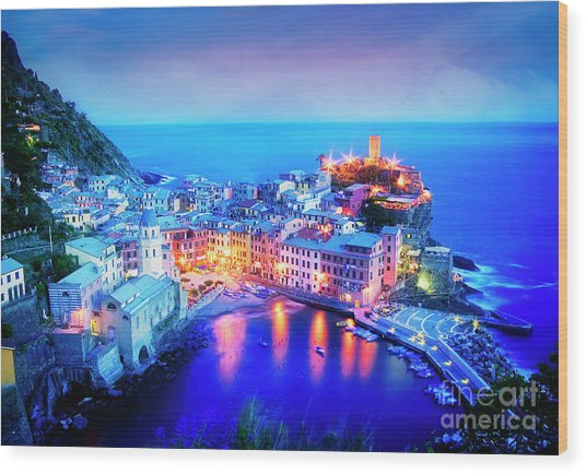 Vernazza At Dusk Wood Print