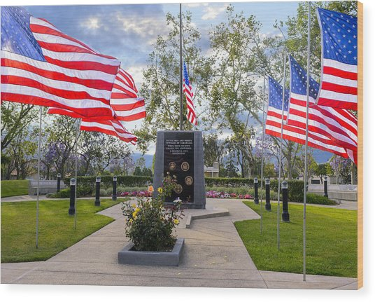 Veterans Monument Camarillo California Usa Wood Print