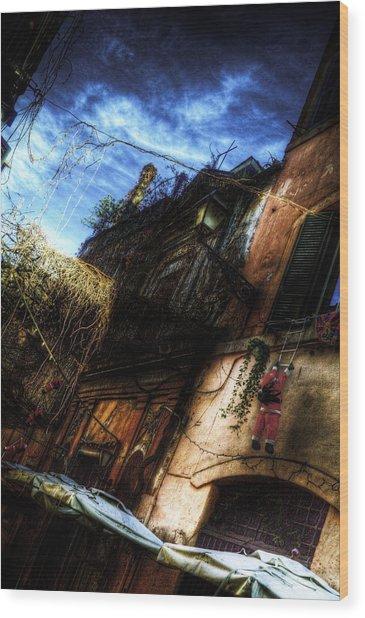 Vicolo Del Piede Wood Print by Brian Thomson