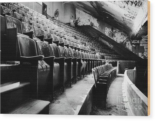 Victory Theatre, 1920-1979 Wood Print by JMerrickMedia