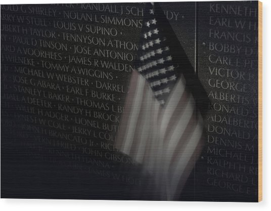 Vietnam Memrial Wall With Us Flag Wood Print
