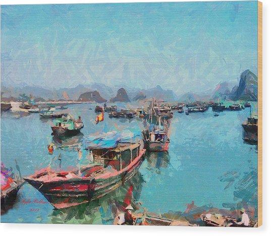 Vietnamese Fishermen Wood Print