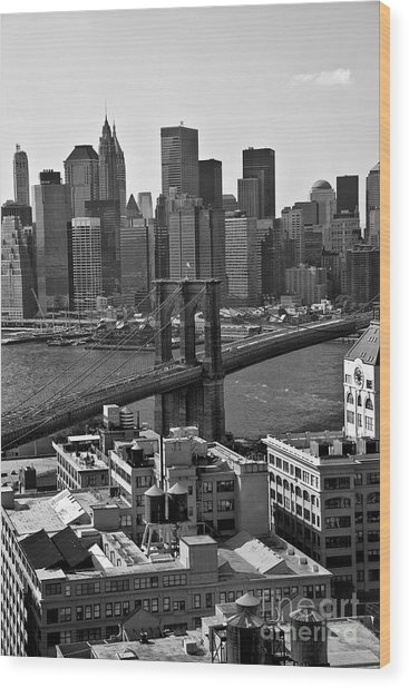 View Of The Brooklyn Bridge Wood Print