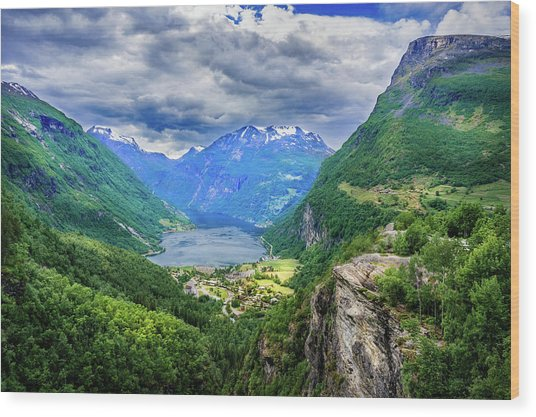 View On Geiranger From Flydalsjuvet Wood Print