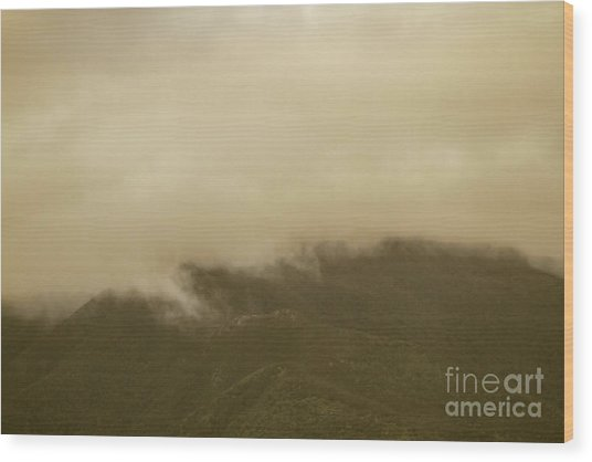 Vintage Mountains Covered By Cloud Wood Print