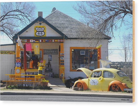 Vintage Vw Beetle At Seligman Antiques, Historic Route 66 Wood Print