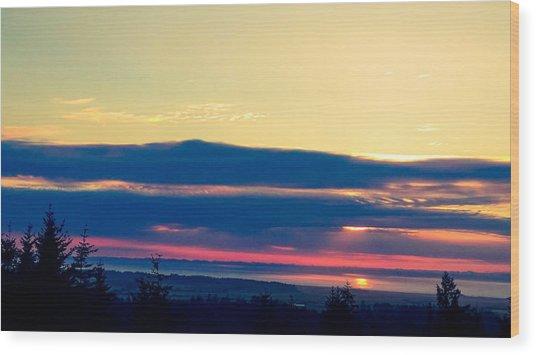 Violet Sunset Wood Print