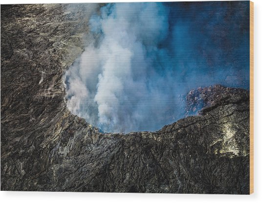 Another View Of The Kalauea Volcano Wood Print
