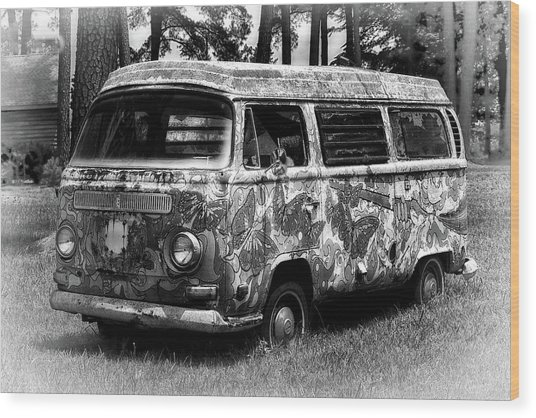 Wood Print featuring the photograph Volkswagen Microbus Nostalgia In Black And White by Bill Swartwout Fine Art Photography