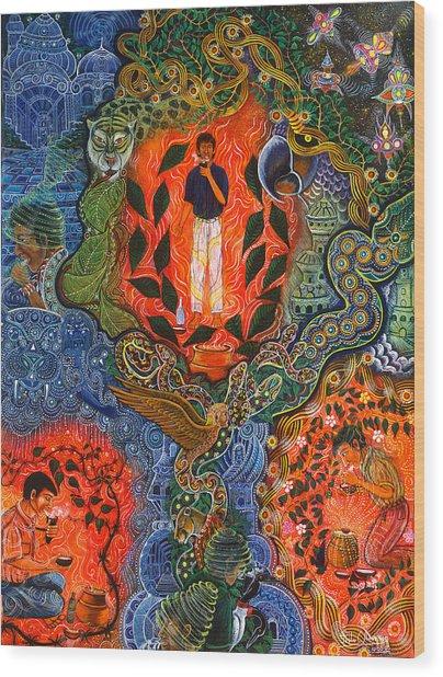 Wood Print featuring the painting Vuelan Versucum   by Pablo Amaringo