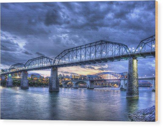 Walnut Street Pedestrian Bridge Chattanooga Tennessee Wood Print
