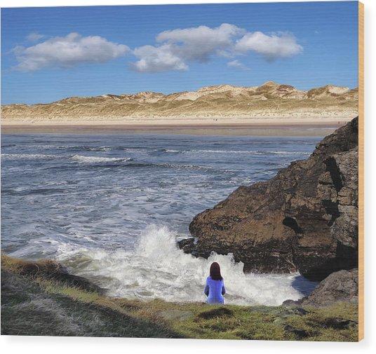Watching The Waves At Fairy Bridges, Bundoran, Donegal - Ireland Wood Print