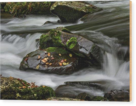 Water Around Rocks Wood Print