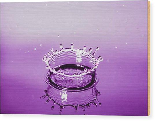 Water Drop Crown Wood Print