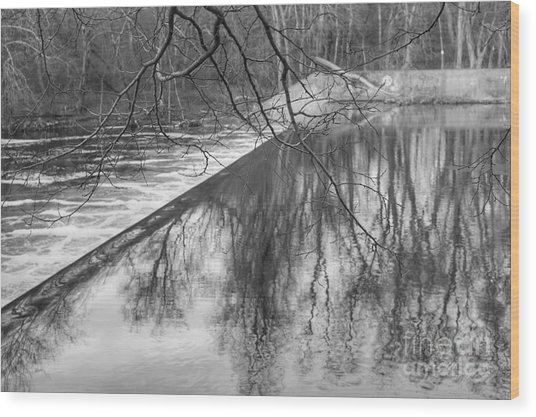 Water Flowing Over Dam In Wayne New Jersey Wood Print