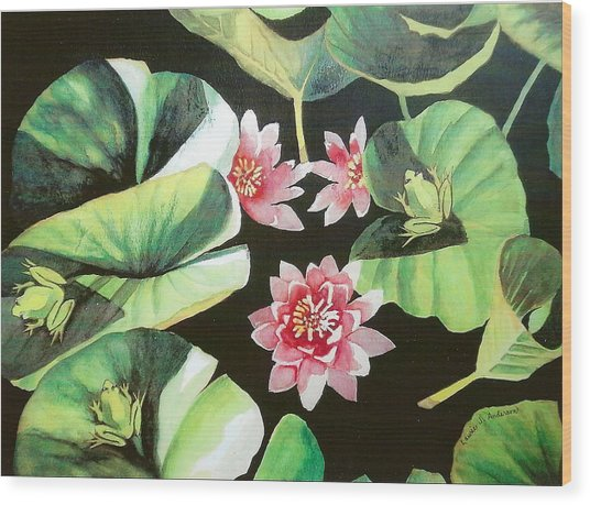 Waterlilies With Frogs Wood Print