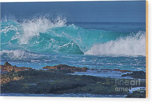Wave Breaking On Lava Rock Wood Print