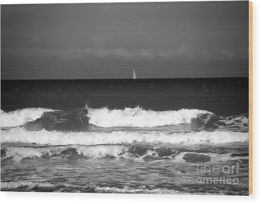 Waves 4 In Bw Wood Print