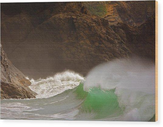 Waves At Waikiki Wood Print