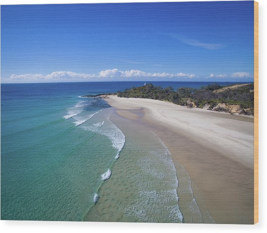 Waves Rolling In To North Point Beach On Moreton Island Wood Print