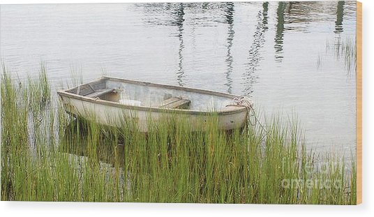 Weathered Old Skiff - The Outer Banks Of North Carolina Wood Print