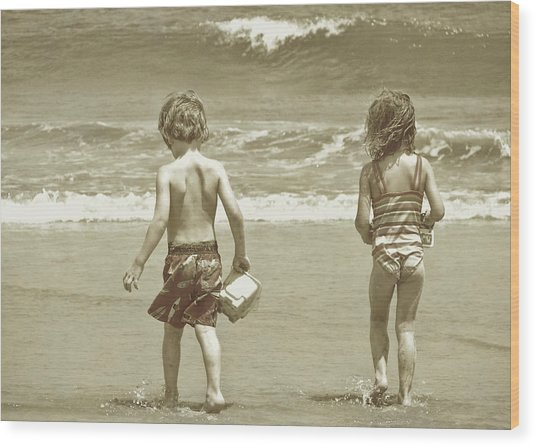 Wee Beachcombers Wood Print by JAMART Photography