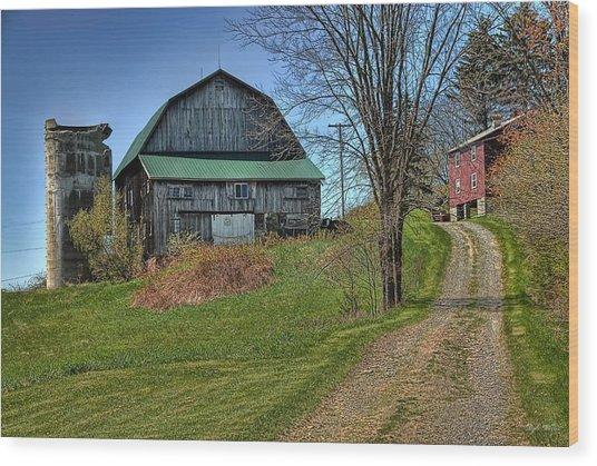 Western Pennsylvania Country Barn Wood Print