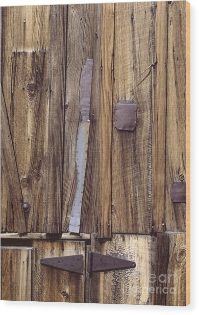 western rural abstract photography - One-Eyed Barn Door Wood Print