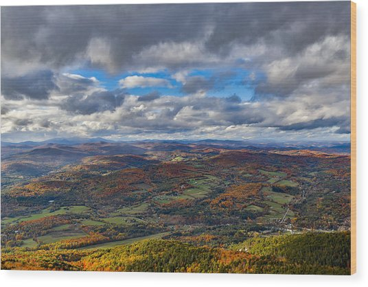 Western View From Mt Ascutney Wood Print