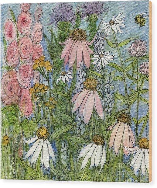 White Coneflowers In Garden Wood Print
