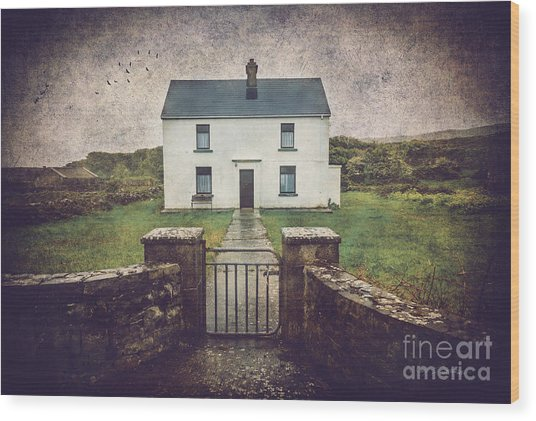White House Of Aran Island I Wood Print