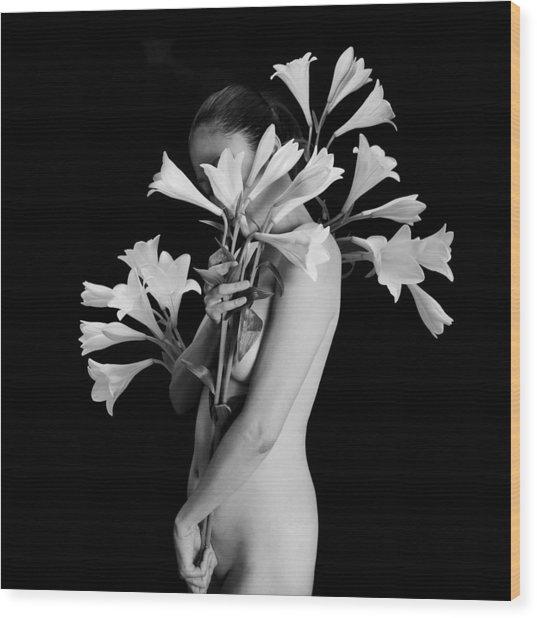 White Lily Wood Print by Mayumi Yoshimaru