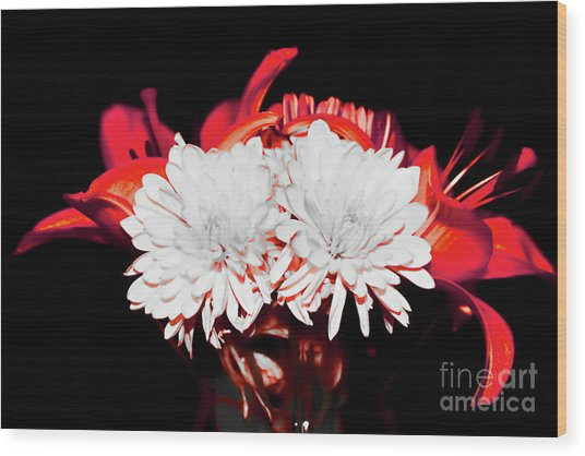 White Mums And Red Lilies Wood Print