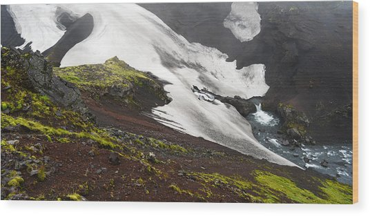 White On Black In The Icelandic Highlands Wood Print