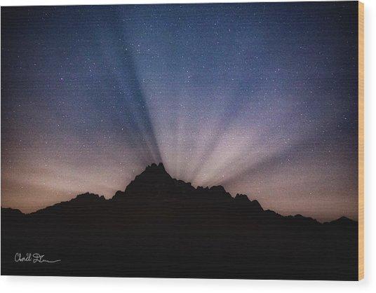 Whitehorse Mountain Moon Rays Wood Print
