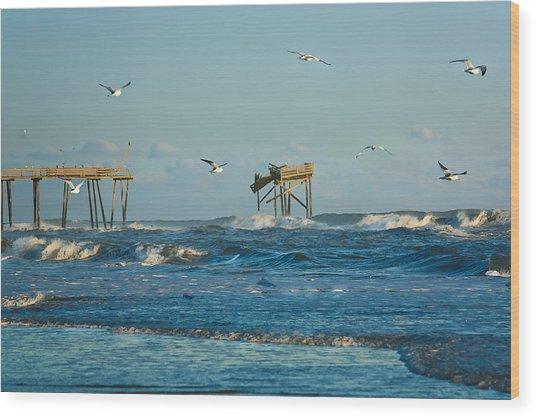 Wild Waves At Nags Head Wood Print