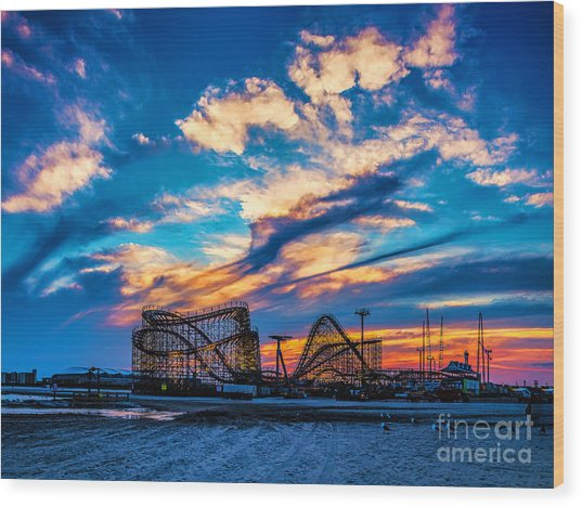 Wildwood Beach Sunset Wood Print