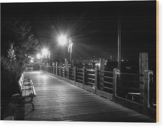 Wilmington Riverwalk At Night In Black And White Wood Print